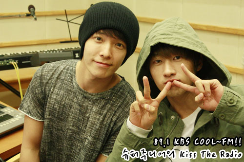 http://azachiaki.files.wordpress.com/2010/11/eunhae351.jpg?w=500&h=333